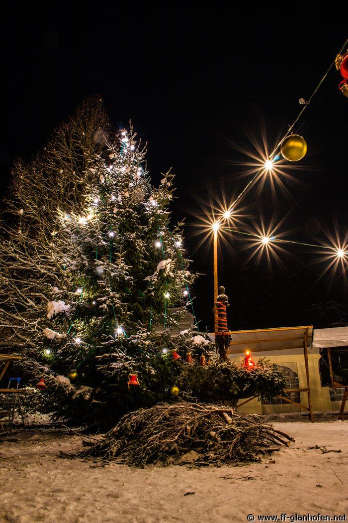 Weihnachtsbaum aufstellen 2 advent